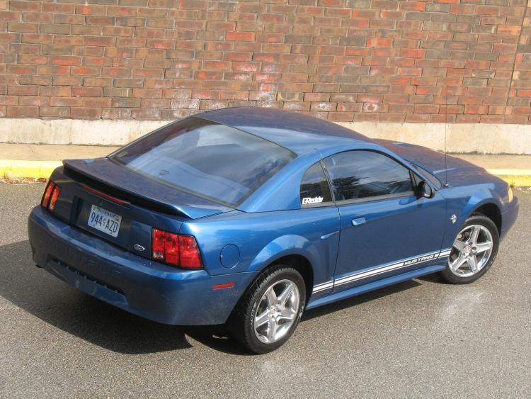 Mustang. 22.