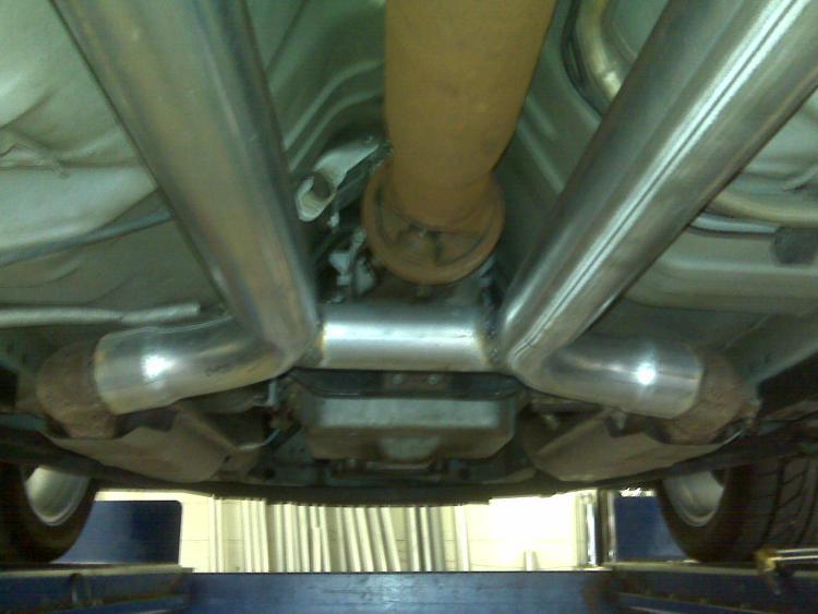 Mustang exhaust01