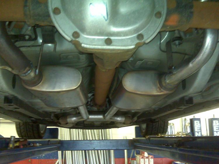 Mustang exhaust02