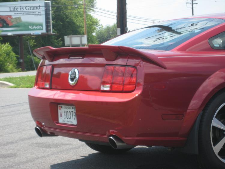 Rea quarter with Roush spoiler