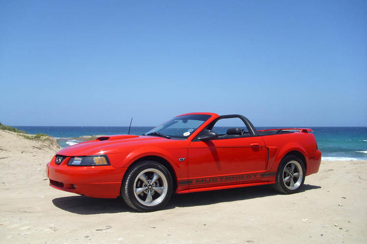 Red GT at beach 1299