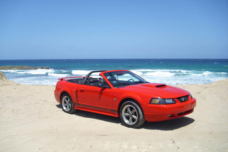Red GT at the beach 1303