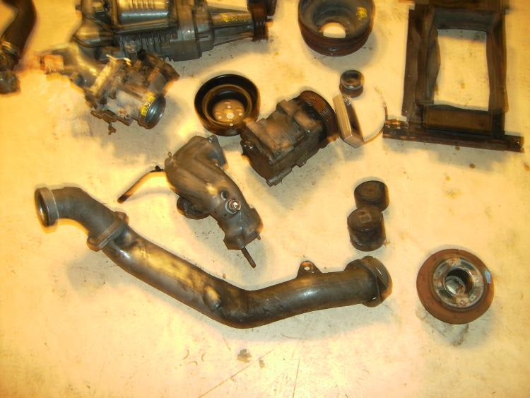 Supercharger parts.